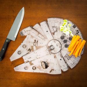 Planche à découper – Faucon Millenium Star Wars