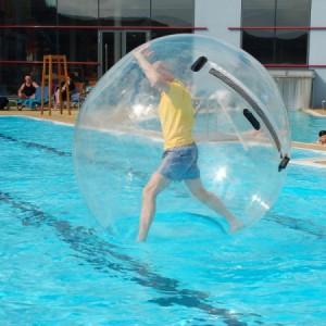 Waterball, une bulle pour marcher sur l'eau