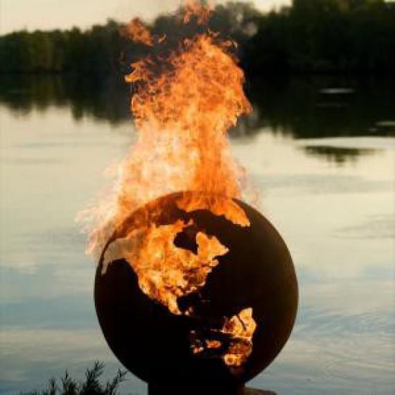 Le brasier globe terrestre