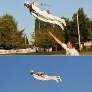 Superheros volant télécommandé