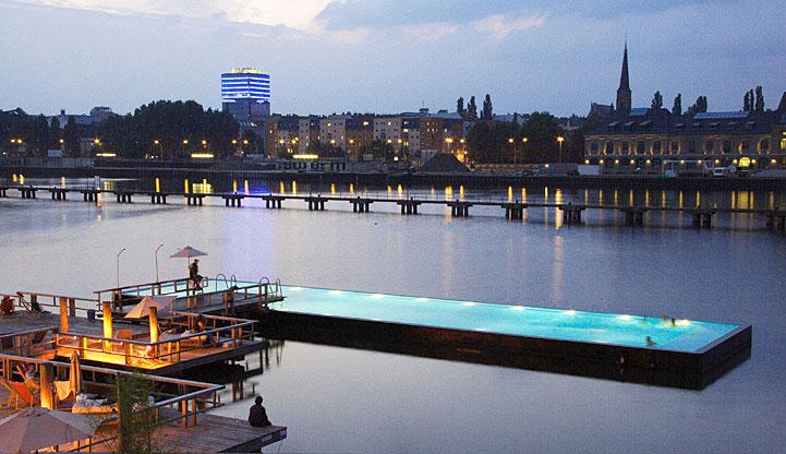 Les piscines les plus incroyables et ch res au monde for Piscine quartier chine
