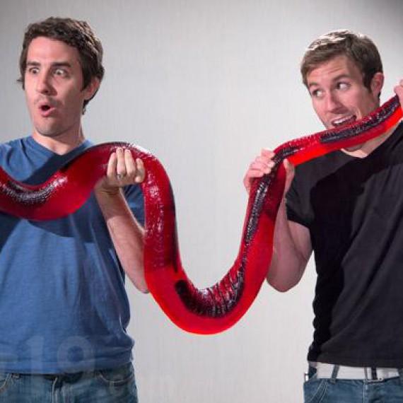 Bonbon serpent géant de 12kg et 244cm !