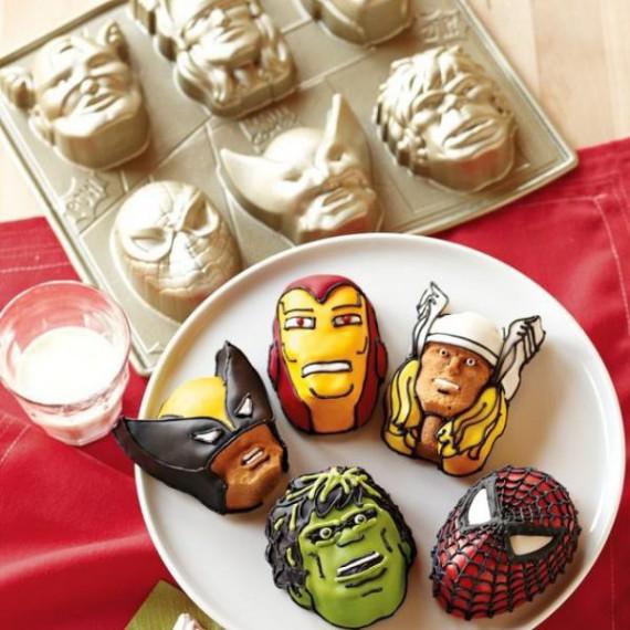 Moule à gâteaux Super-héros Marvel