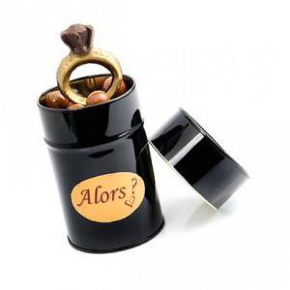 La boîte de chocolat bague de fiançailles
