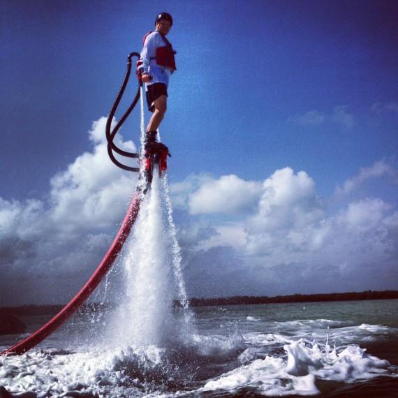 Jet pack eau - Flyboard Zapata