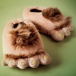 Pantoufles pieds de Hobbit