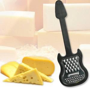 Râpe à fromage guitare noire