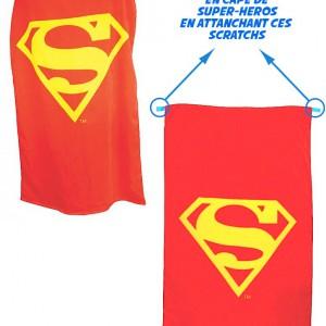 SERVIETTE SUPERMAN CONVERTIBLE EN CAPE ROUGE LOGO JAUNE