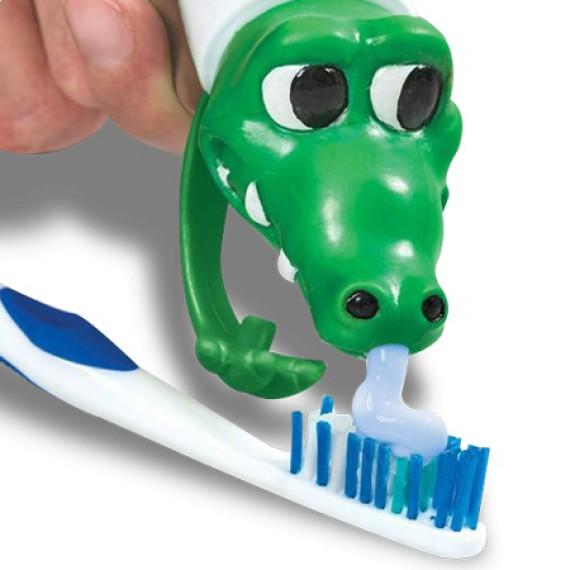 Crocodile distributeur de dentifrice