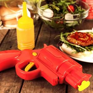 Pistolet à ketchup mayonaise et moutarde