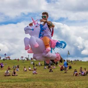 Costume gonflable de licorne