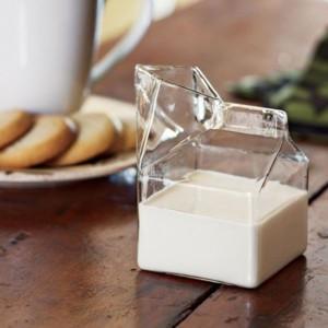 """Pichet """"Brique de lait"""""""