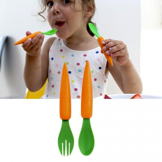 Couverts en forme de carottes