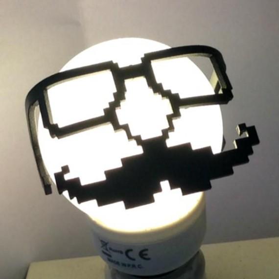 Décoration d'Ampoule Moustache Dr Geek - Stilic Force