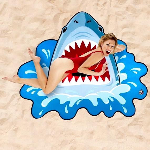 Serviette de plage requin