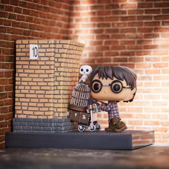 Figurine POP Harry Potter - Direction le quai 9 3/4 - Poudlard Express