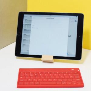Clavier Sans Fil Bluetooth pour Tablette et Smartphone