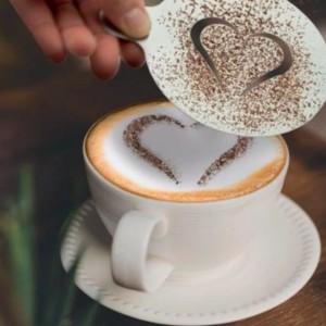 Pochoirs à café