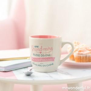"Mug Mamie - ""Une Grand-Mère Aussi Divine"""