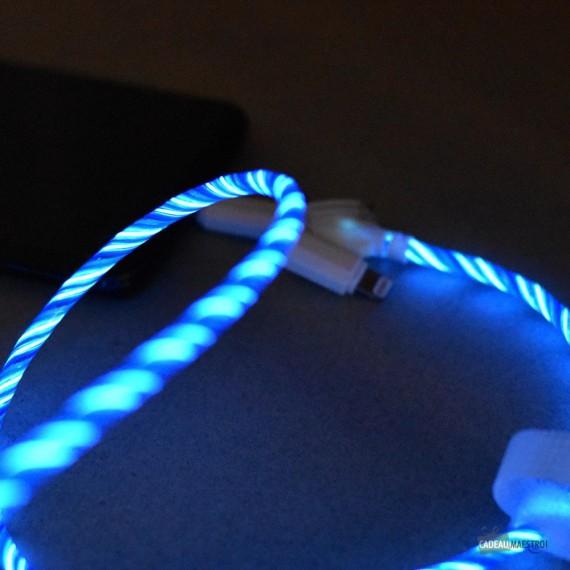 Câble de recharge lumineux