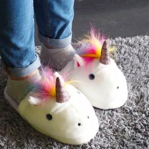 Pantoufles en peluche Licorne
