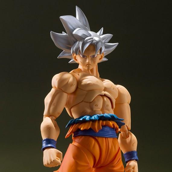 Figurine Dragon Ball Z Goku Ultra instinct - 14 cm