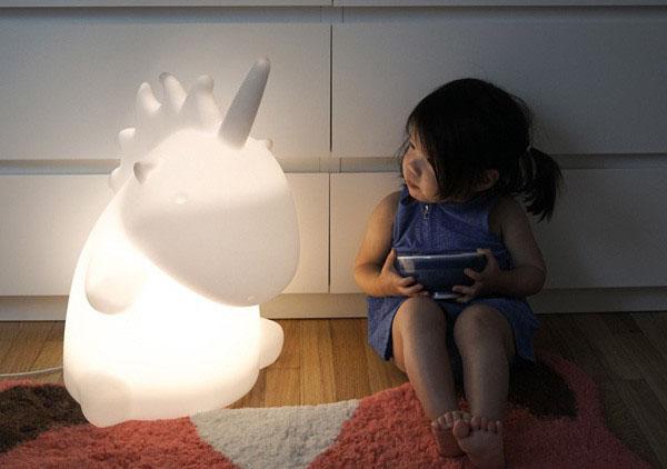 lampe-veilleuse-licorne-géante