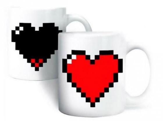 mug coeur pixels