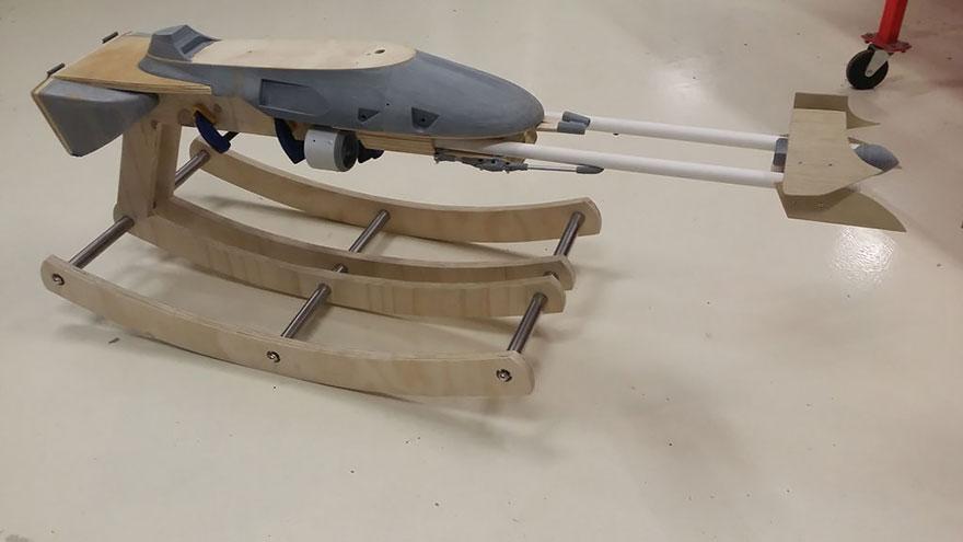 Un P 232 Re A Construit Ce Vaisseau 224 Bascule Star Wars Pour