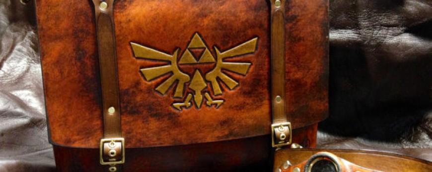 Zelda : découvrez les housses, la sacoche et le portefeuille en cuir sertis du Triforce !