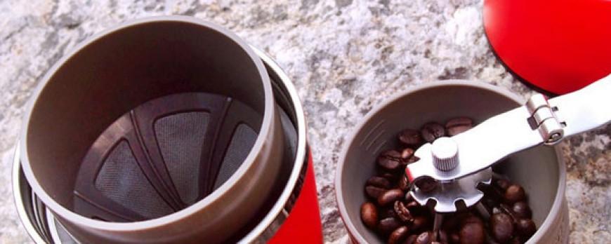 La machine à café portable à amener partout facilement !