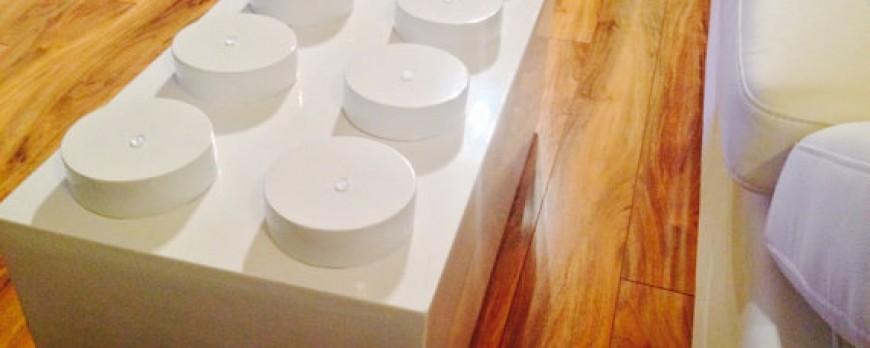 """La table LEGO débarque dans les salons : """"LEGO Brick Coffee"""""""