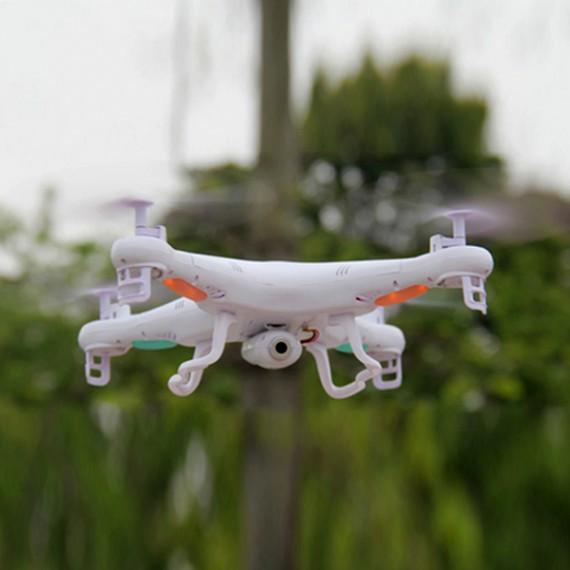 Drone télécommandé avec caméra HD